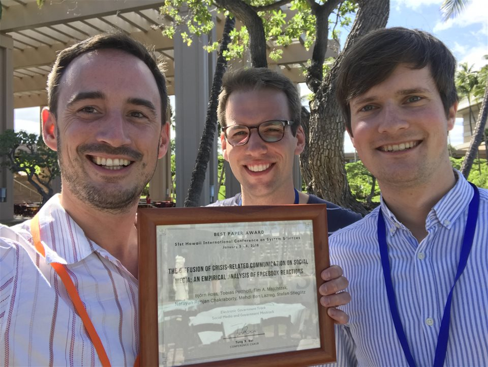 Best paper award on HICSS 2018